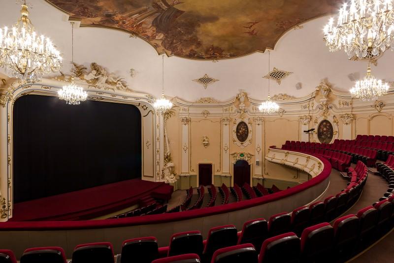 Splendid Palace Lielā zāle pēc restaurācijas 006