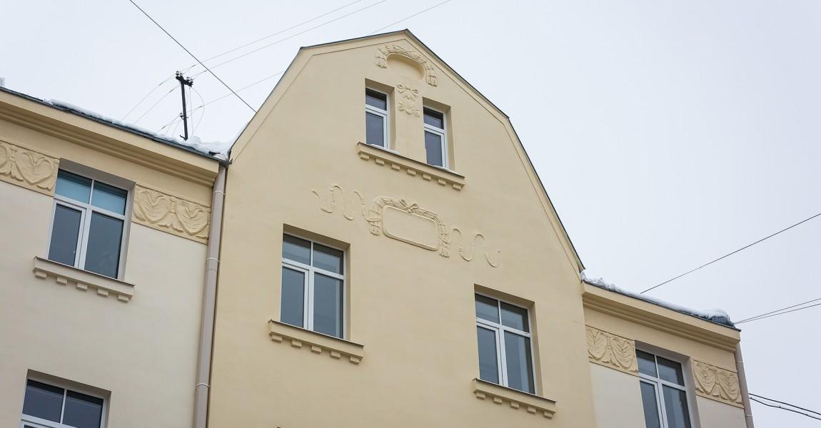 Восстановлен фасад в Риге, на улице Цесу, 8