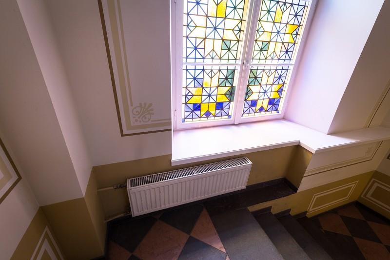 Kāpņu telpa pēc restaurācijas 002
