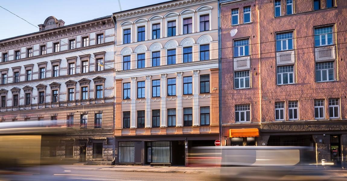 Восстановлен фасад в Риге, на улице Чака, 61